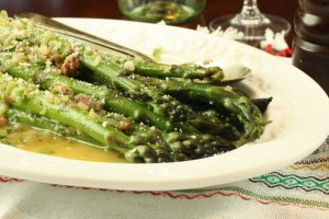 Asparagus with Shallot and Parsley Sauce